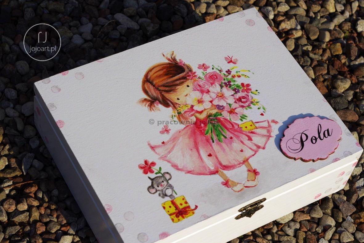 Box On Nominative Dziewczynka Birthday With Flowers